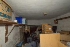 279-3rd garage