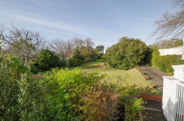 garden-from-gate