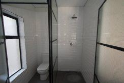 2001270_Main ensuite shower_8