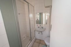 2027705_Guest bedroom bathroom_5