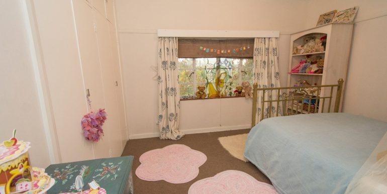 2170302_2dn Bedroom Upstairs_7
