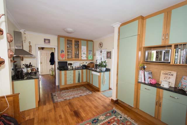 300 kitchen