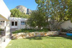 DSC_8935---garden-and-mount