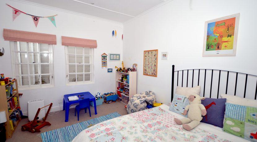 bedroom 2 DSC_1811