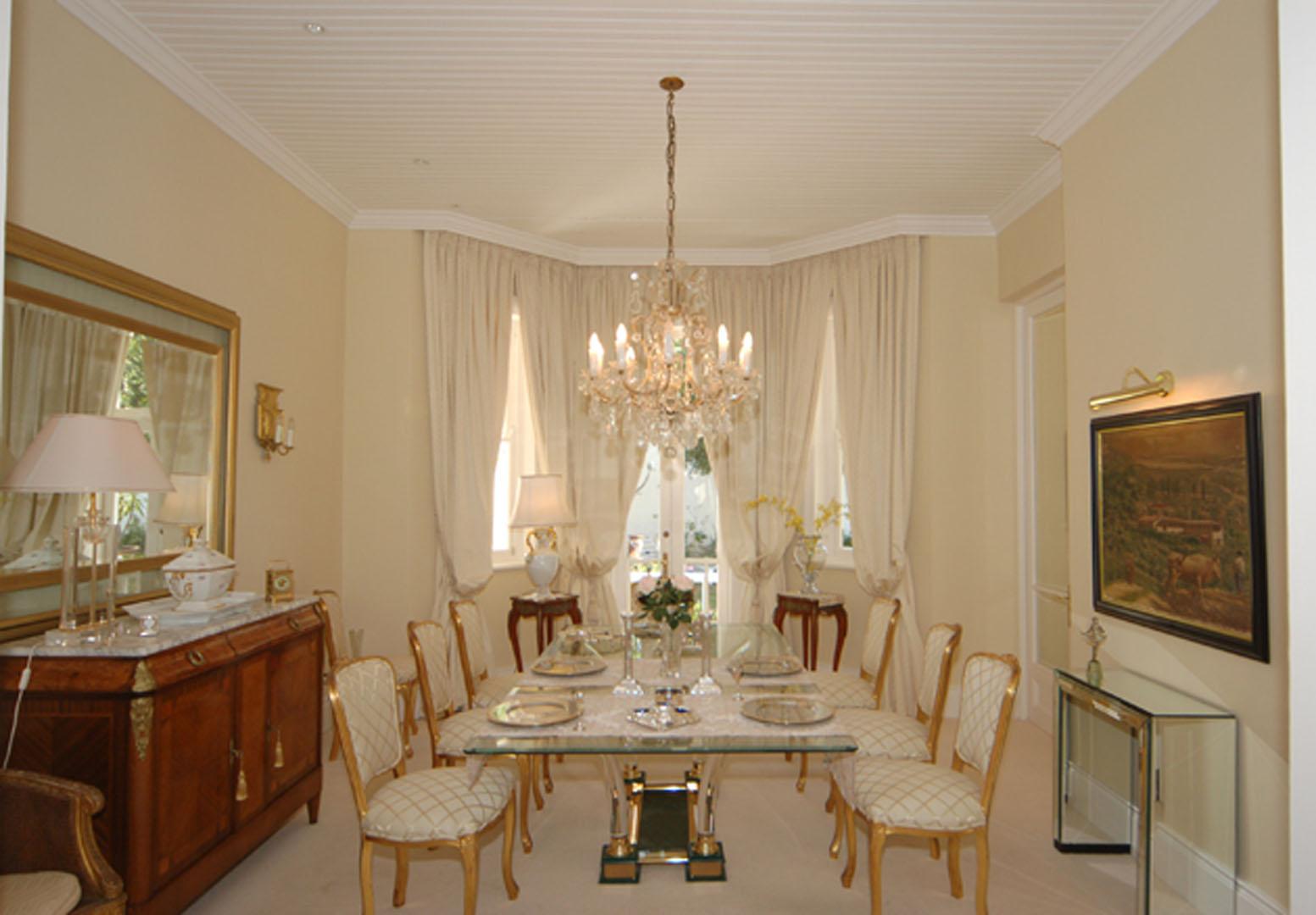 dining room DSC_2041