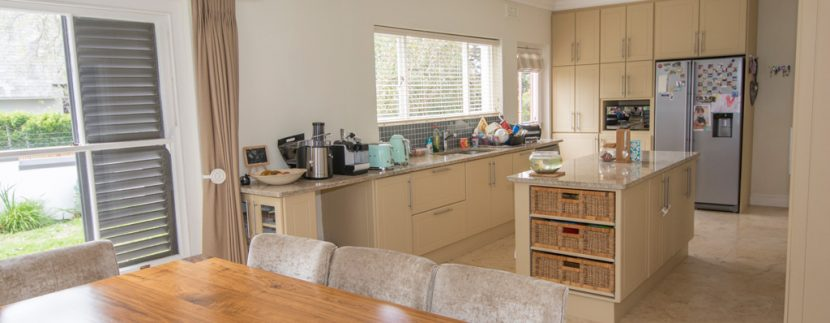 Dining ro kitchen 1318