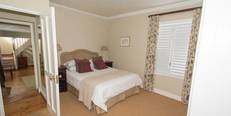 1939205_Main bedroom_9