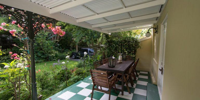 1939205_Patio dining area_3