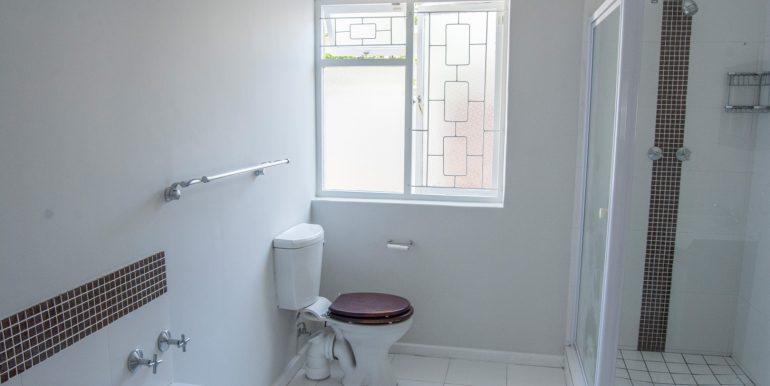 Bathroom 3277