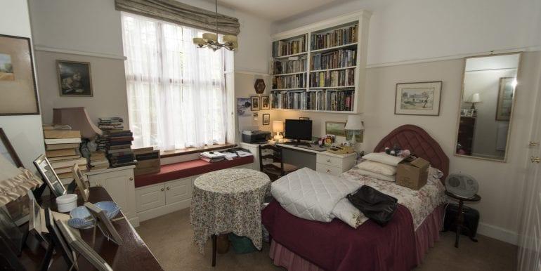 BATCH HIGH STUDY 2ND BEDROOM TUDOR