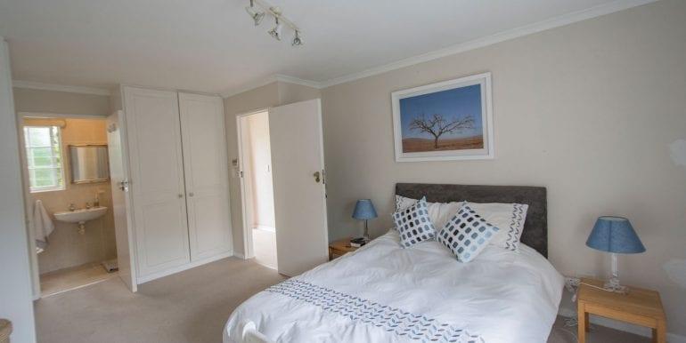 Bedroom One en suite 5966