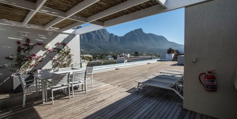 BRAAI AREA AND VIEW V2