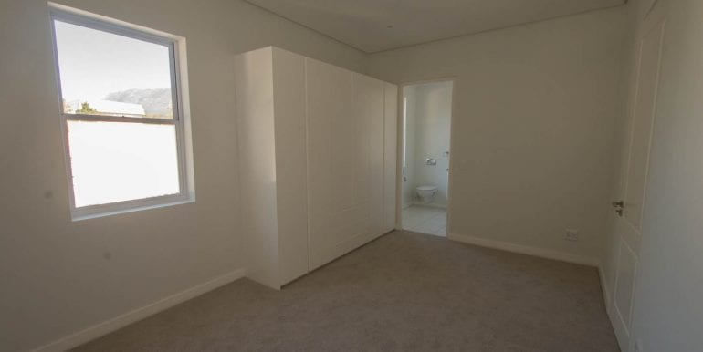 B7247 Bedroom three