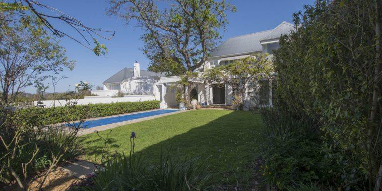 20A Valley- Pool and Garden