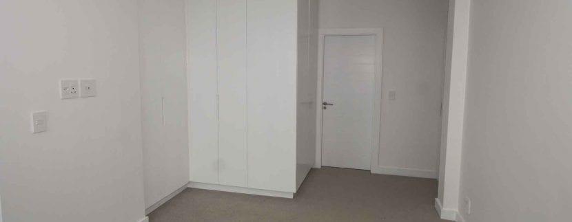 master-bedroom-20V_1587