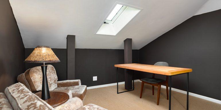 Kenilworth House For Sale - 187 Milner Road