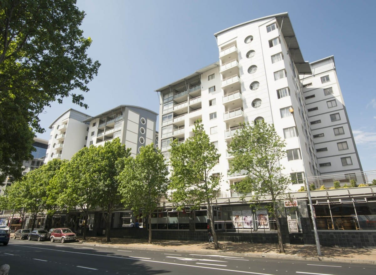 Stunning furnished 1 Bed apartment – The Claremont